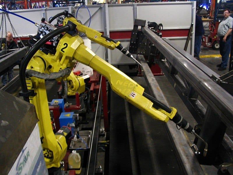 Robot doblador de uso industrial